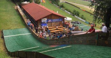Sommerskispringen in Degenfeld